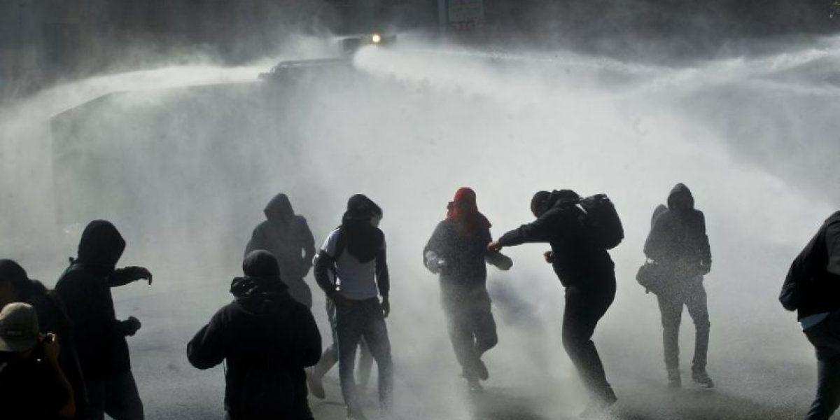 Mueren dos jóvenes en manifestación de estudiantes