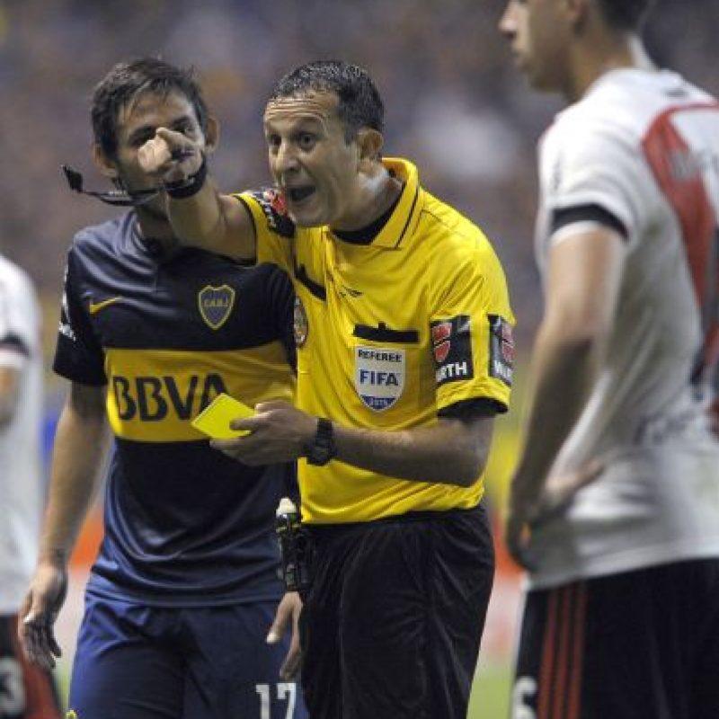 El duelo entre Boca Juniors y River Plate fue suspendido. Foto:AFP