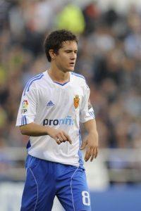 Se formó como futbolista en el Real Zaragoza y con este club debutó en la Primera División de España. Foto:Getty Images