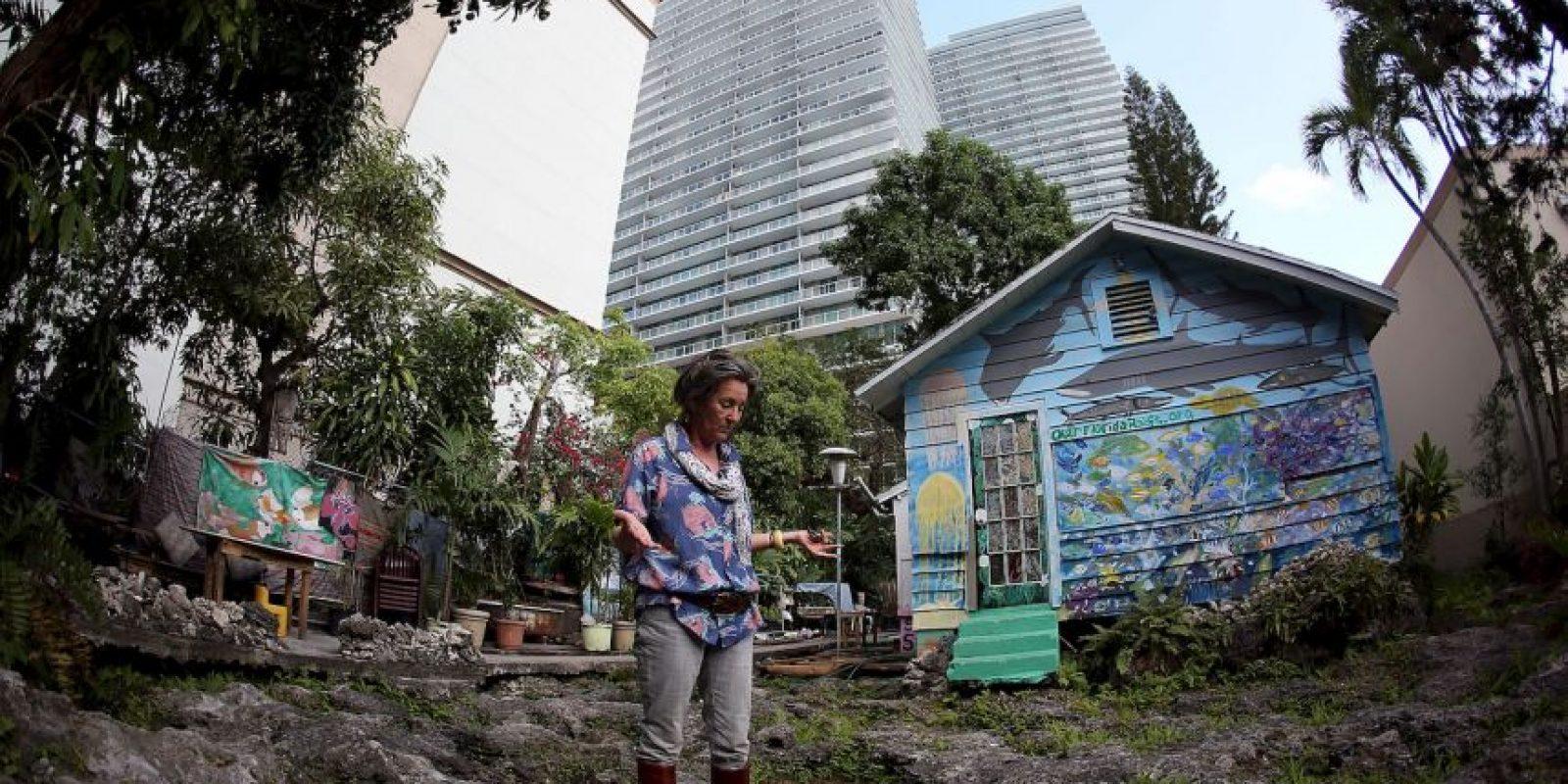 A su alrededor, la casa esta rodeada de rascacielos y proyectos de costrucción. Foto:Getty Images