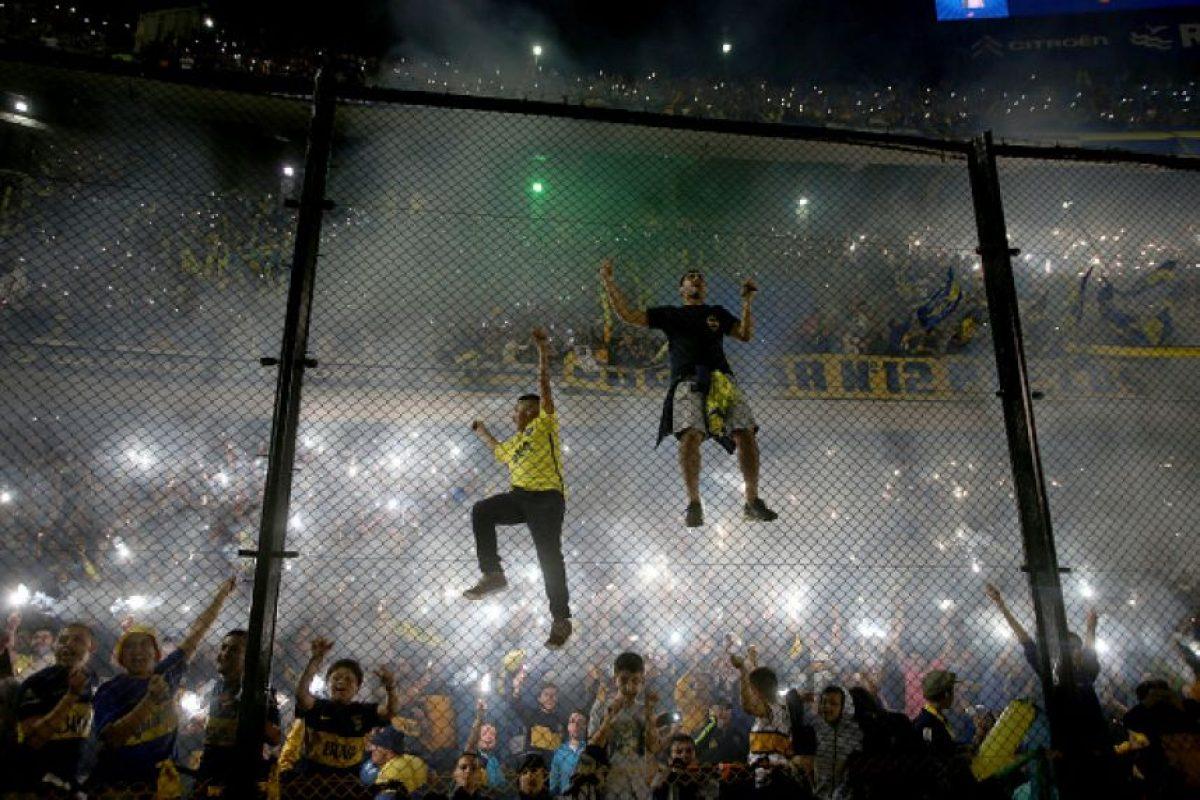 "Momentos tensos se viven en la ""Bombonera"" Foto:Getty Images"