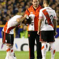 Pero antes de que comenzara la segunda mitad, los futbolistas de River Plate fueron atacados en el túnel que conecta los vestidores con la cancha. Foto:Getty Images