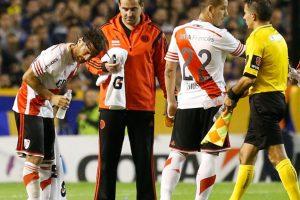 Los jugadores fueron rociados con gas pimienta el cual los dejó lastimados. Foto:Getty Images