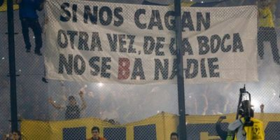 Los hinchas de Boca Juniors lanzaron gas pimienta a la cancha Foto:Getty Images