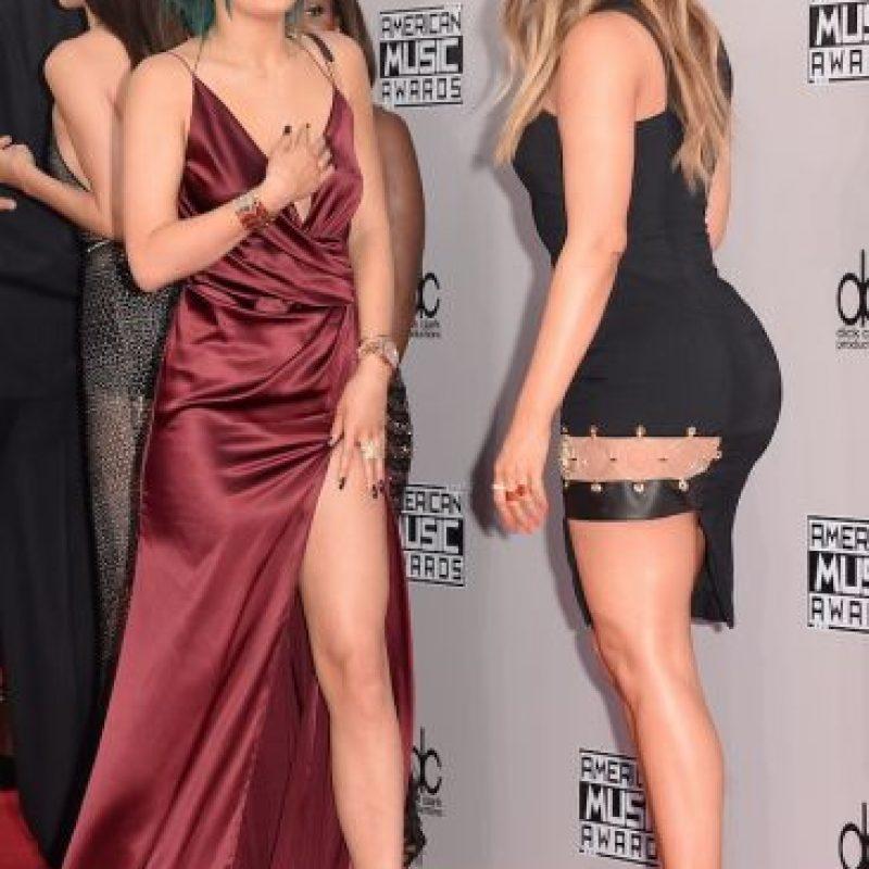 Aunque, más allá de una relación de hermanas, Kylie considera a Khloe como su segunda madre. Foto:Getty Images
