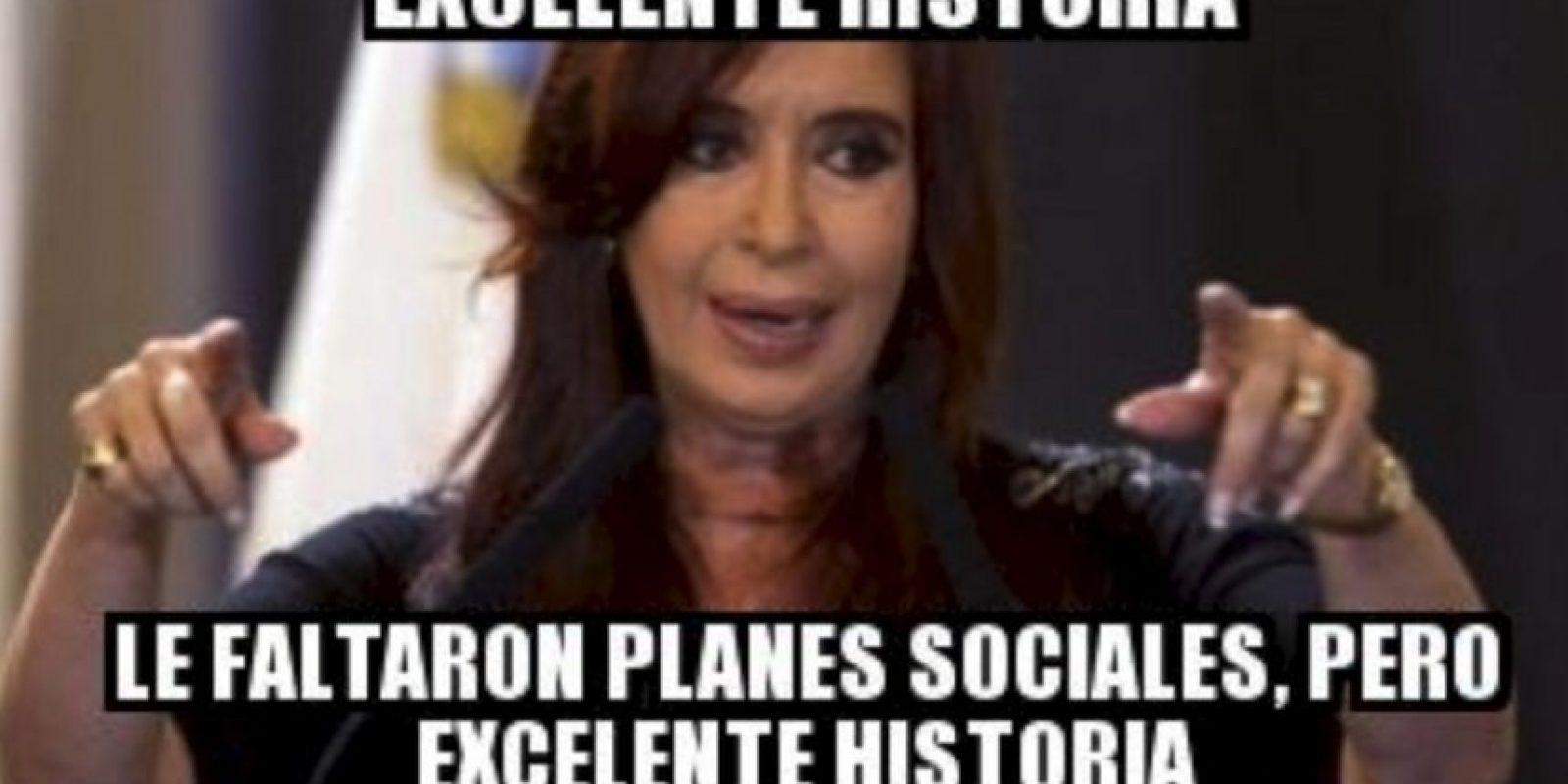 Cristina Fernández, presidenta de Argentina Foto:Generadordememes.com
