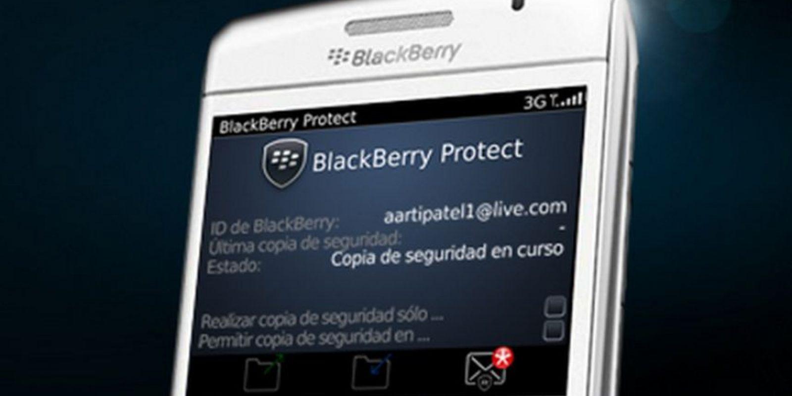 Blacberry Protect es exclusiva para esta marca y ofrece bloqueo remoto del dispositivo, pantalla de bloqueo, activación remota del timbre alto, copia de seguridad y restauración de manera inalámbrica Foto:Blackberry