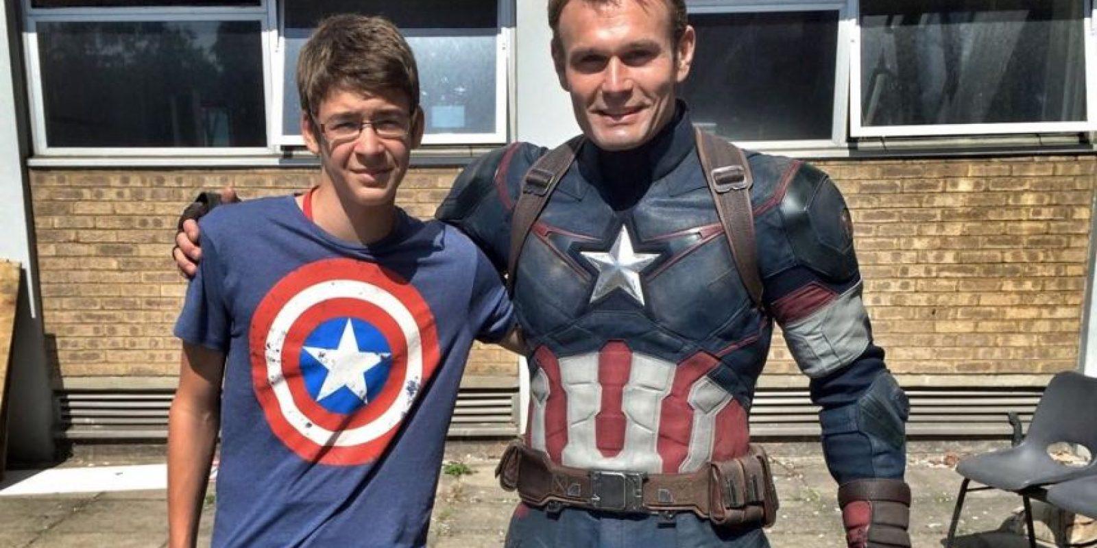 """Fue el doble de Evans desde la cinta """"Capitán América: El Primer Vengador"""". Foto:vía facebook.com/jan.petrina"""