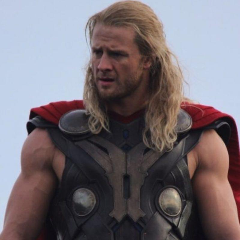 "Es el doble de Chris Hemsworth en ""Avengers: Age of Ultron"" Foto:twitter.com/bobbyhanton"