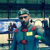 """Este actor es el encargado de realizar todas las acrobacias y movimientos que """"Tony Star"""" realiza con el traje de """"Iron Man"""". Foto:vía instagram.com/kaskadare"""