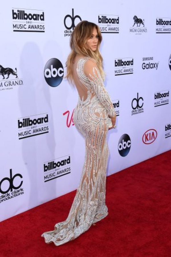 "En la ""red carpet"", JLo acaparó las miradas del mundo. Foto: Getty Images"