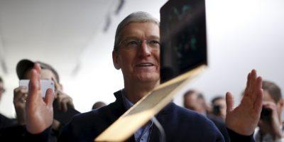 MacBook Air es un ordenador portátil ultra delgado. Existen dos modelos de MacBook Air, 11 pulgadas y 13 pulgadas; con peso de 1.08 kg y 1.1 kg respectivamente Foto:Getty Images