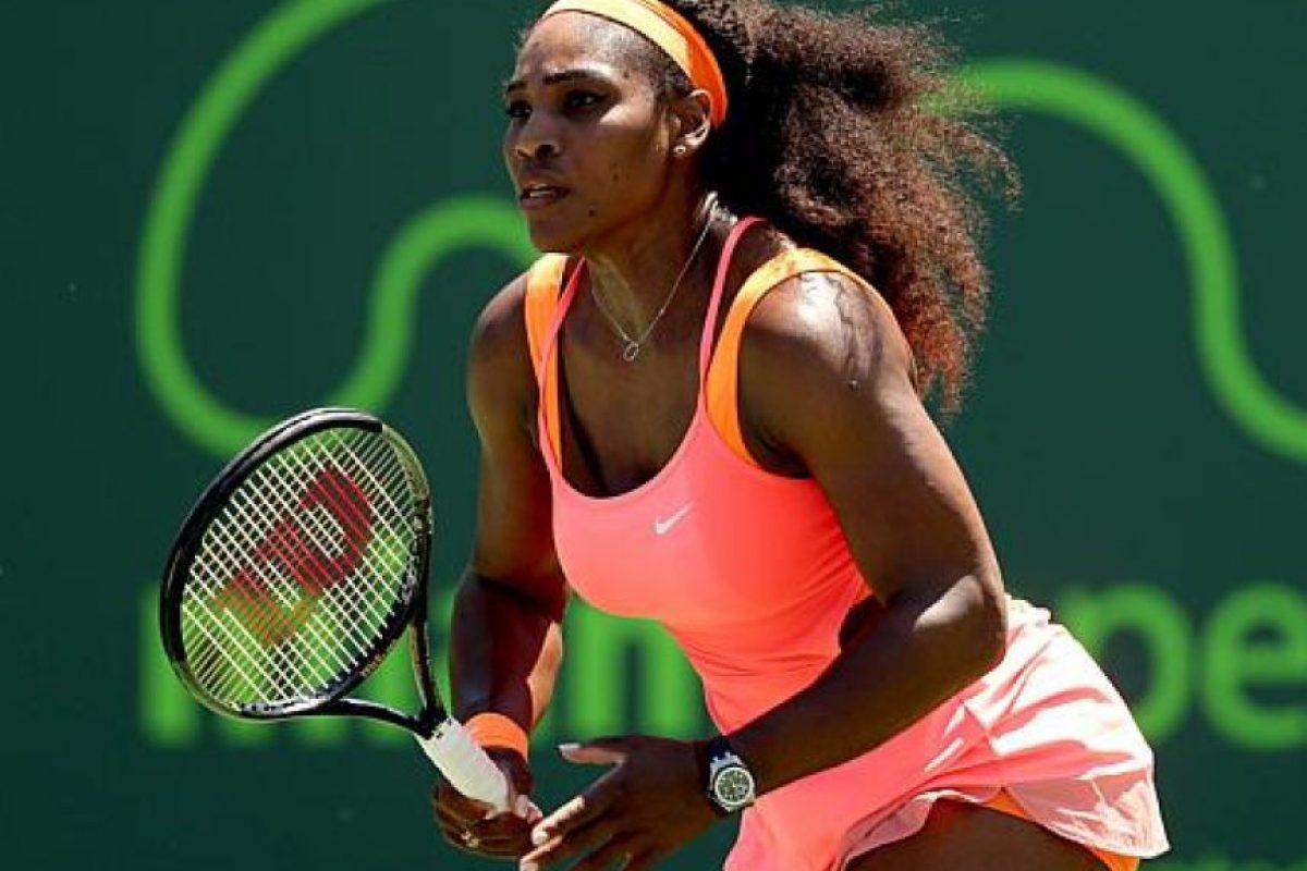 En el tenis también hay agüeros. Serena Williams, una de las mejores de la historia del deporte blanco cada vez que va a sacar, rebota la pelota cinco veces en el primer saque y tres veces para el segundo. Cuando no lo ha hecho, según ha contado ha perdido. Foto:AFP