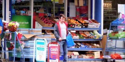 Ahora, parece que Rhys perdió nuevamente su lucha contra el alcohol. Foto:The Grosby Group