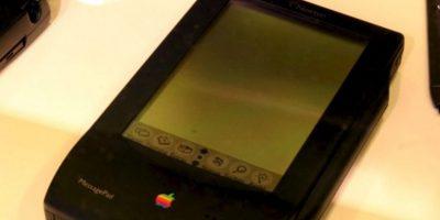 El primer experimento de Apple por un móvil fue el Apple Newton PDas. La pantalla ilegible y el nulo reconocimiento de la escritura fueron su perdición Foto:Wikicommons