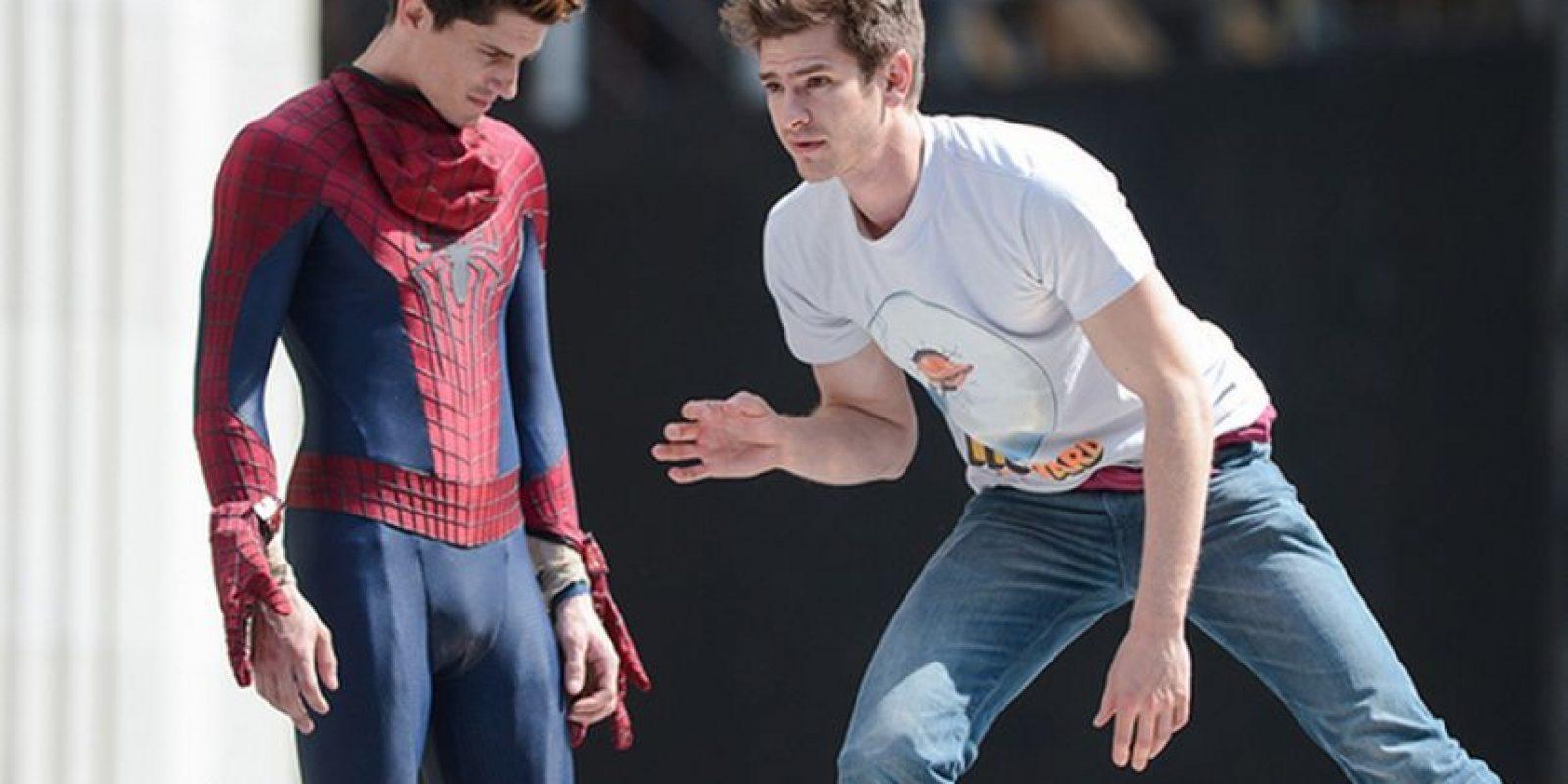 """Andrew Garfield y su doble en """"Spiderman"""" Foto:Vía finofilipino.org"""