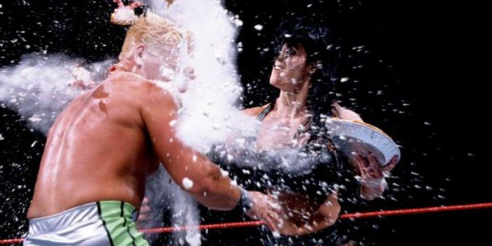 En 2004, después de su paso por la WWE y la New Japan Pro Wrestling comenzó a rodar filmes porno. En total, grabó siete películas Foto:WWE
