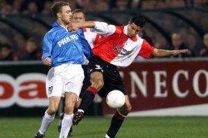 """Llegó al Feyernood de Rotterdam desde los 5 años, y debutó como profesional a los 17 en 2001. En 2004 dio el salto a las """"grandes ligas"""" cuando lo fichó el Arsenal. Foto:Getty Images"""
