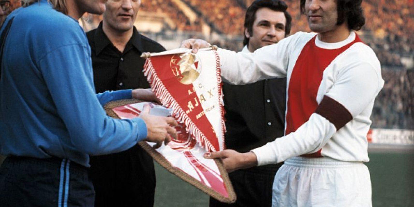 En 1972 conquistó la triple corona al ganar la Eredivisie (con sólo una derrota en toda la temporada), la Copa de Holanda ante el ADO Den Haag, y la Copa de Europa ante el Inter de Milán. Foto:Getty Images