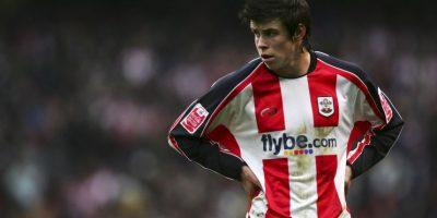 Cuando tenía nueve años, llamó la atención del Southampton que lo integró a sus reservas. Debutó con el primer equipo en 2006 y un año después pasó al Tottenham donde comenzó a llamar la atención de varios clubes europeos. Foto:Getty Images