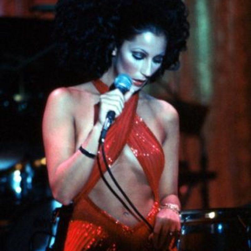 El programa duró 3 años y Cher se lanzó de solista, con baladas románticas. Llegó a estar nominada para el Grammy en 1972. Foto:vía Getty Images