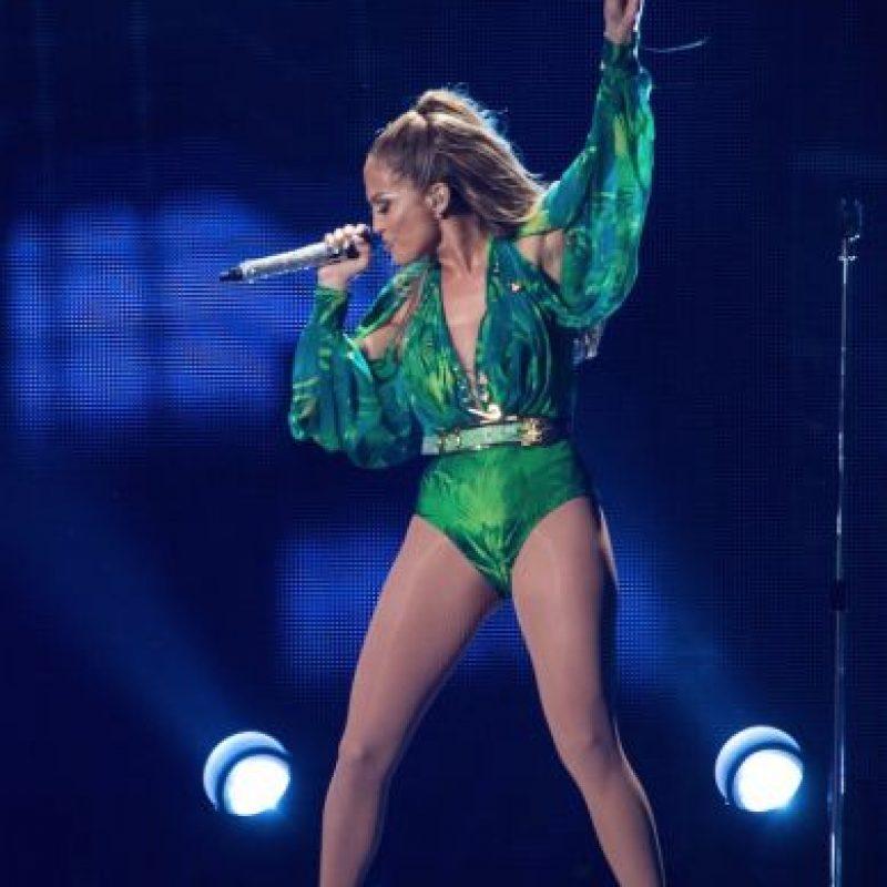La cantante provocó la mayor cantidad de búsquedas que nunca se habían visto, de esta forma los desarrolladores de Google se dieron cuenta de que la gente no quería ver texto, sino las imágenes de Jennifer López y su vestido, y así fue que decidieron crear Google Images Foto:Getty Images