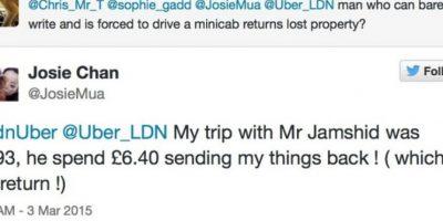 El taxista puso de su propio bolsillo para devolverle las cosas a su pasajera. Foto:Foto: Twitter