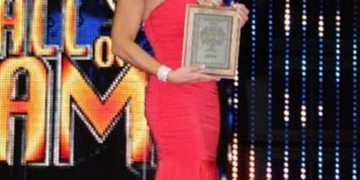 Exdiva de la WWE es tentada por la industria del cine para adultos