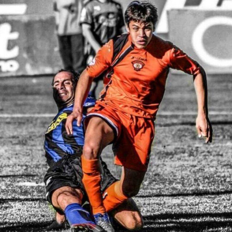 """Pasó por las inferiores de varios equipos en Chile, pero fue Cobreloa quien confió en su talento y lo fichó para jugar profesionalmente. Debutó en Primera División con el cuadro """"Naranja"""" en 2005. Foto:Vía instagram.com/alexis_officia1"""