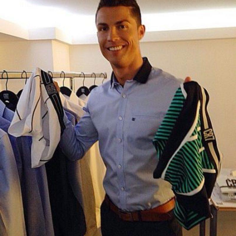 """Su negocio más conocido fuera de las canchas es su firma de moda """"CR7"""". Foto:Vía instagram.com/Cristiano"""