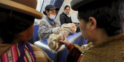 Hasta el momento solo para cubrir la demanda de las ciudades de La Paz y El Alto Foto:AFP