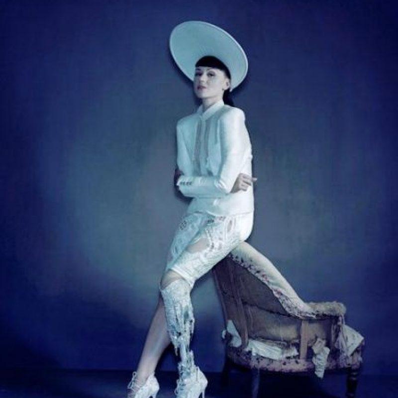 También es modelo. Foto:vía Facebook/Viktoria Modesta