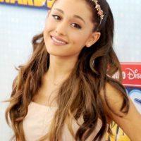 Pero es más notorio en Ariana Grande. Foto:vía Getty Images