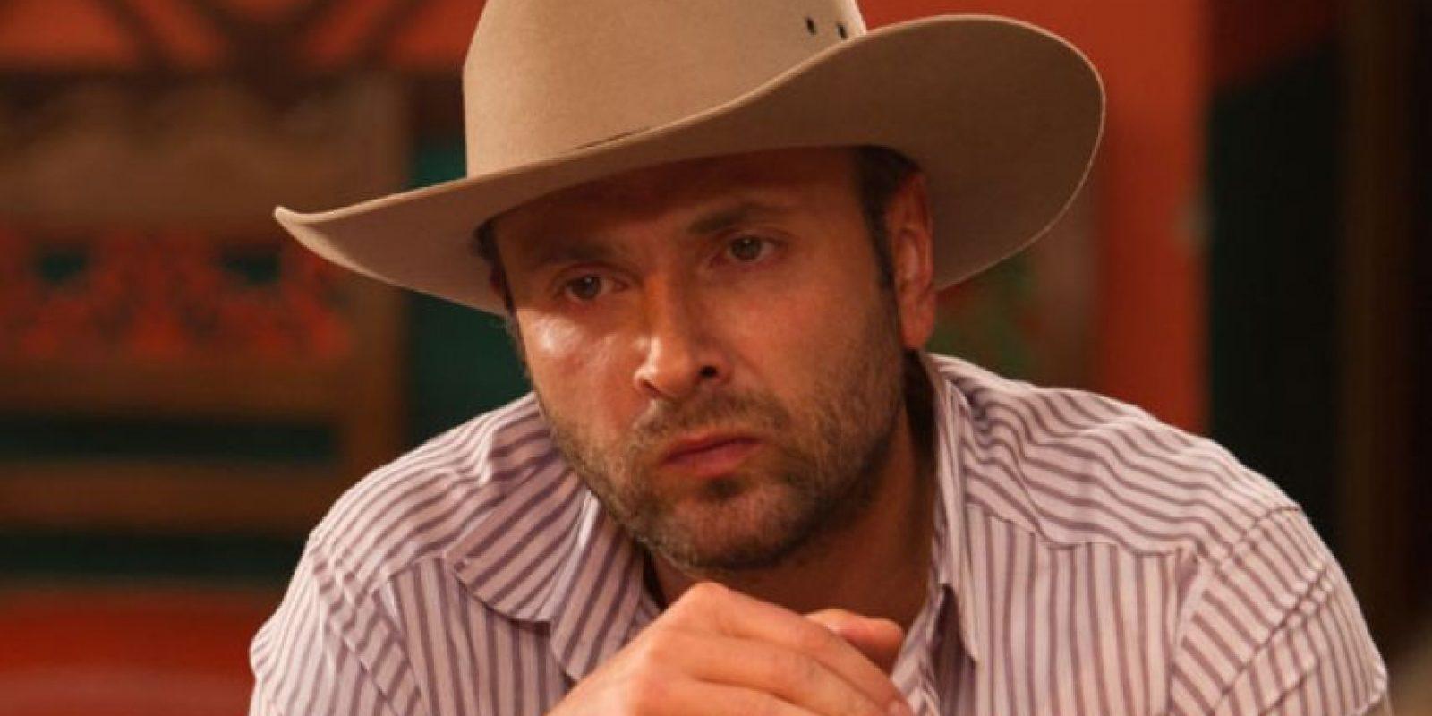 """Joavany Álvarez interpretó a """"Pedro Motoa"""", basado en el narcotraficante Jorge Luis Ochoa y uno de los tres hermanos que también hacía parte del Cartel de Medellín. Foto:vía Caracol Televisión"""