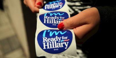 La pareja Clinton dio 104 discursos, con lo que ganaron 25 millones 300 mil dólares. Foto:Getty Images