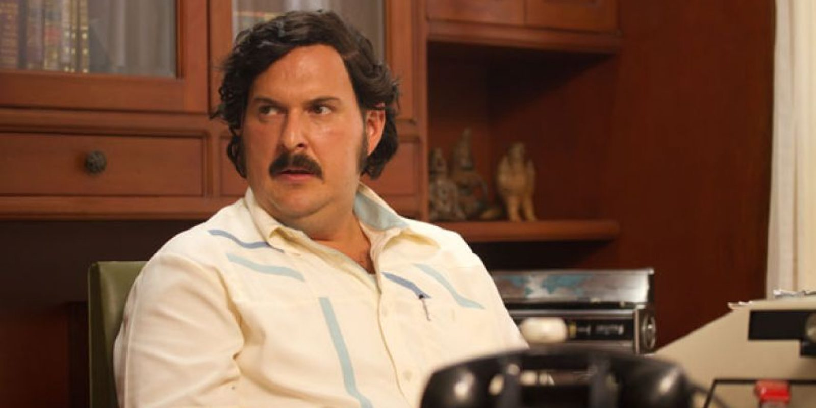 """Andrés Parra era """"Pablo Escobar"""", el narcotraficante más famoso de la Historia. Aterrorizó a Colombia a finales de la década de los 80 y fue uno de los hombres más ricos del mundo. Foto:vía Caracol Televisión"""
