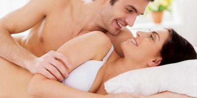 El sexo en la mañana le gusta sobre todo a los hombres, pero las mujeres también suelen disfrutarlo. Foto:Getty Images