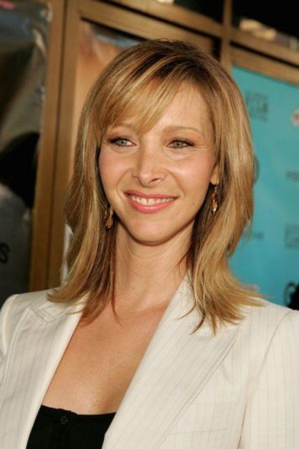 """Antes de ser la famosa """"Phoebe"""" de la comedia """"Friends"""", la actriz era una profesora con una licenciatura en biología. Foto:Getty Images"""