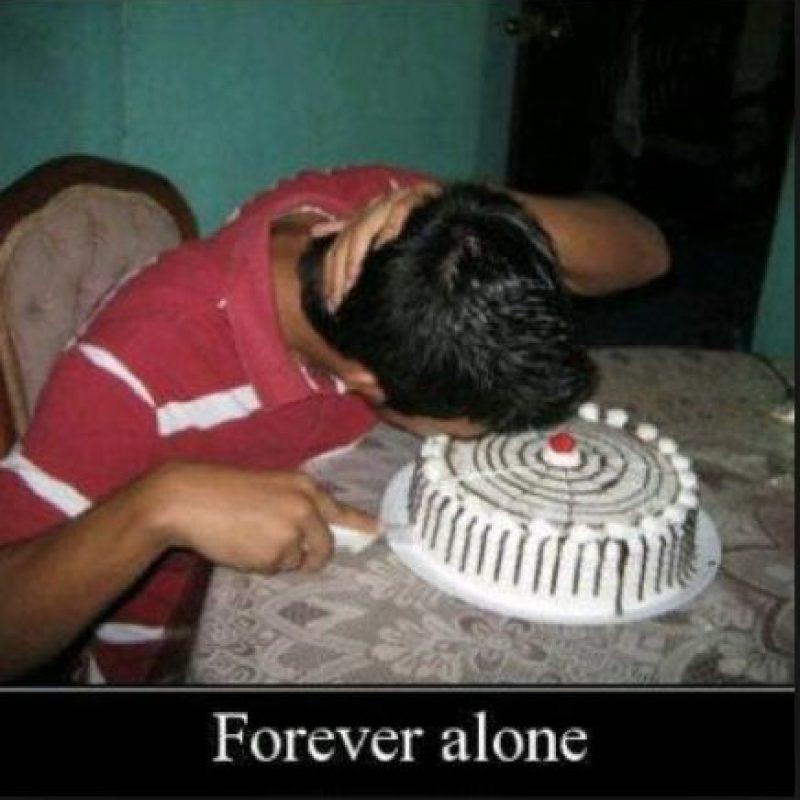 """Forever alone"" Foto:Tumblr.com/Tagged/pastel-mordida"