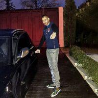 Benzema celebraba en ese exótico lugar su cumpleaños 22, junto con su amigo, el rapero Rhoff. Al salir de una discoteca, ambos sufrieron un pequeño accidente cuando estrellaron su Lamborghini en una acera, aunque nunca se supo con claridad quien de ellos iba manejando. Foto:Vía instagram.com/karimbenzema