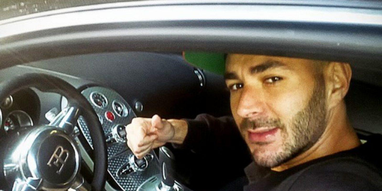 """4. En 2011 fue multado por jugar """"carreras"""" en el centro de Ibiza, España. Foto:Vía instagram.com/karimbenzema"""