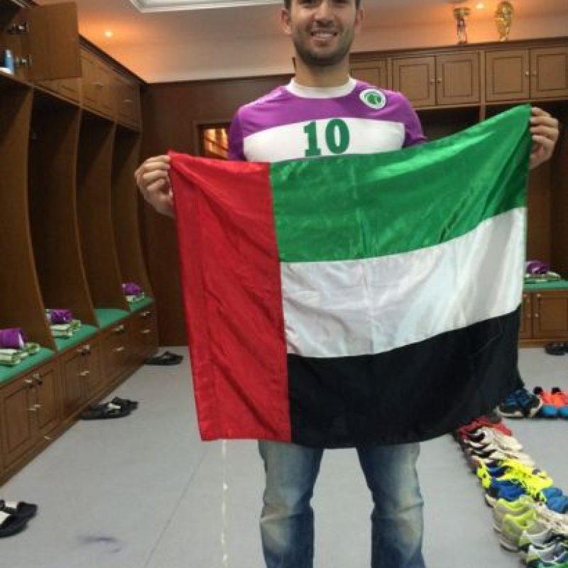 El chileno juega en el Al Shabbab, de Emiratos Árabes Unids, desde 2013 Foto:Vía twitter.com/villanuevaroll