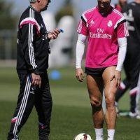"""El mismo medio reportó también que """"CR7"""" le pidió personalmente a Florentino Pérez, la renovación de """"Carletto"""" en abril de 2015. Foto:Getty Images"""