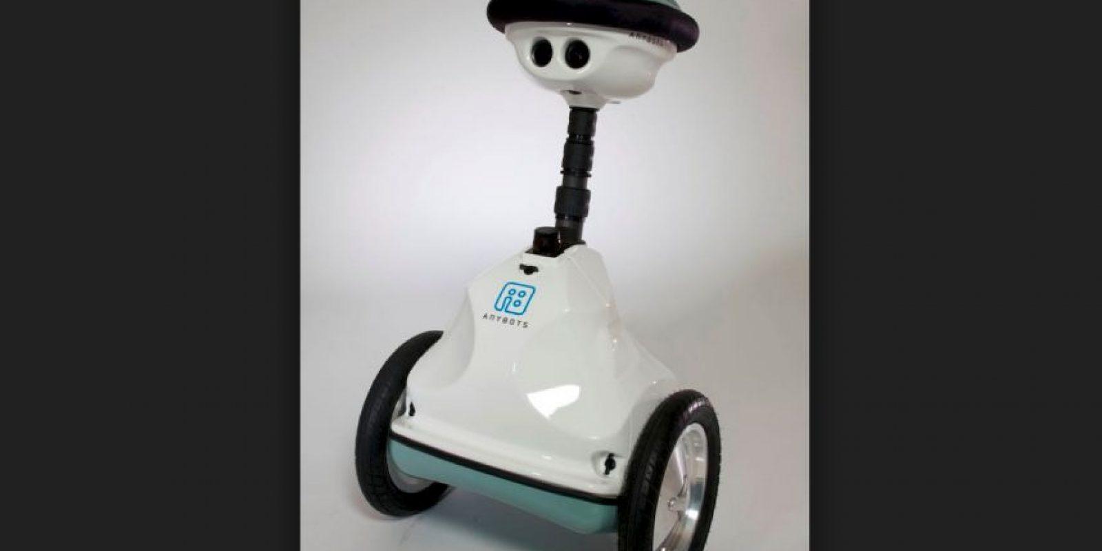 Anybots permite el movimiento controlado por un mando a distancia. Foto:Anybots Inc