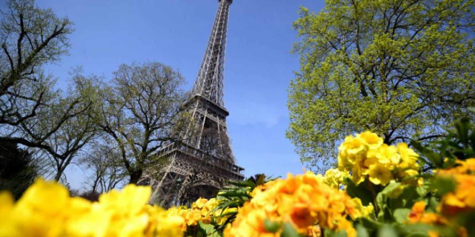 Turistas decepcionados fueron recibidos por carteles luminosos que anunciaban el cierre. Foto:AFP