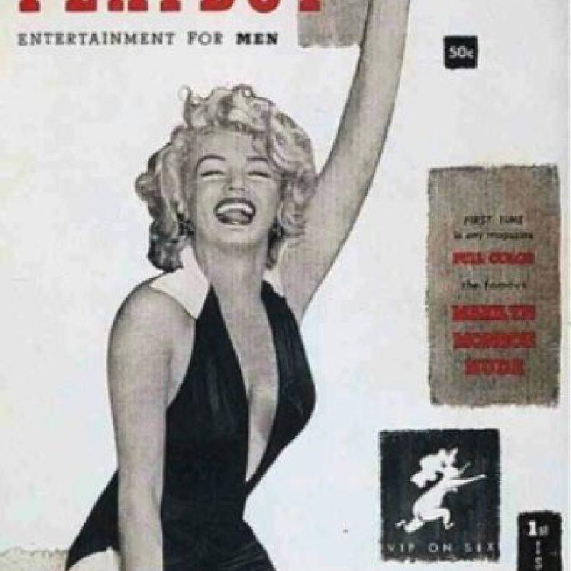 """2.- En 1953 y con Marilyn Monroe en la portada, llegó la famosa revista del conejito, """"Playboy"""", porno disponible para cualquier mayor de edad. Foto:Playboy"""