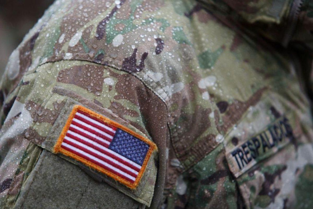 Un adolescente se reunió con el soldado estadounidense que le salvó la vida de Saddam Hussein. Foto:Getty Images