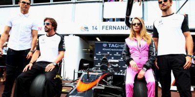 Pasó tiempo junto a los pilotos Fernando Alonso y Jenson Button Foto:Getty Images