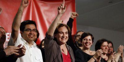 """La candidata a alcalde en Barcelona mostró ser un perfil ciudadano por la coalición """"Barcelona en Comú"""" Foto:AFP"""