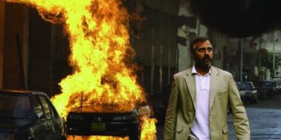 """George Clooney sufrió una lesión en la espina dorsal mientras filmaba la cinta """"Syrian"""", en aquel momento perdió líquido por la nariz y hasta consideró el suicidio. Foto: Warner Bros. Ent."""